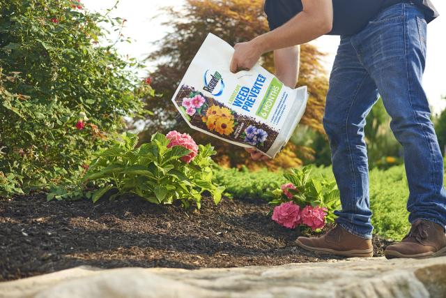 Roundup® Landscape Weed Preventer